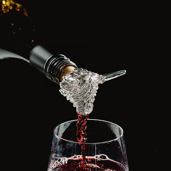Picture of Animal Wine Pourer